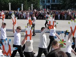 Парад школьников в Белогорске