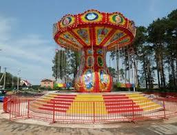 В Белогорский парк культуры приехали аттракционы