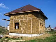 Соломенные стены и акриловые ванны от aquanet – новое украинское поселение уже строится