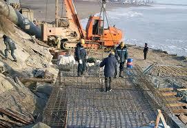Нужны дополнительные средства на берегоукрепление набережной Амура