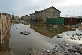 Вода в Ивановке Зейского района снова затапливает дома жителей