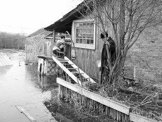 Амурчане не желают покидать свои затопленные дома