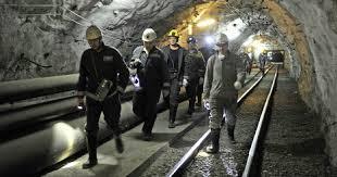 Путин не одобряет намерения отменить досрочную пенсию для шахтёров