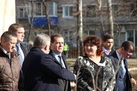 Премьер посетил школу в Комсомольске-на-Амуре