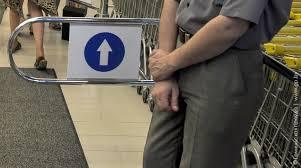 Жители Благовещенска считают,  что в круглосуточных заведениях должны работать охранники