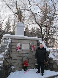 В Благовещенске состоялось возложение цветов к памятнику Ленину
