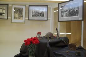 В Благовещенске открылась выставка картин, посвященная снятию блокады Ленинграда