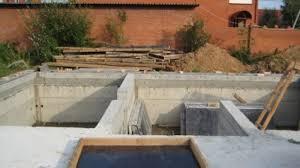 Губернатор Амурской области подчеркнул важность использования надежных стройматериалов для возведения новых домов