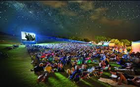 На берегу озера Шарташ будет открыт бесплатный кинотеатр