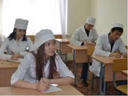 Студентки пятого курса Амурской Медакадемии попробовали себя в роли сотрудников ДПС