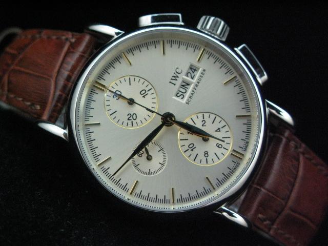 Необычные часы — для лидеров во всем!