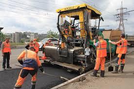 АНК поставляет материалы для ремонта дороги в Благовещенском районе