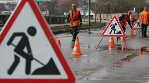В Благовещенске из-за дорожных перекопов перекрыли часть улицы Шевченко