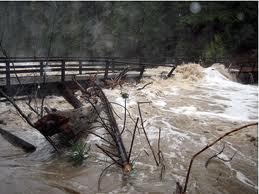 Наводнение вблизи Даляня