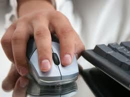 Подавляющее большинство людей получают информацию с помощью интернета