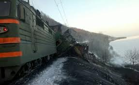 Задержка поездов из-за схода вагонов на Транссибе