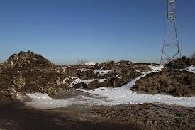 Тающий снег представляет опасность для домов в амурском селе
