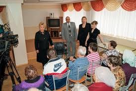 Амурский Союз пенсионеров получил средства из столицы для пострадавших