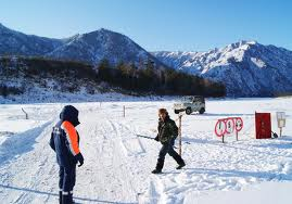 В Амурской области появилась ледовая переправа