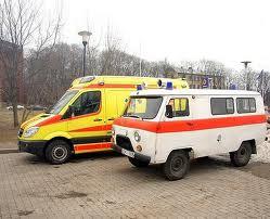Свободненская больница получила в подарок две новые машины-«неотложки»