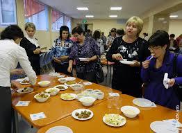 Благовещенские родители попробовали еду из школьных столовых