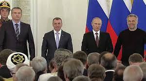 Подписан договор о принятии Крыма и Севастополя в состав России