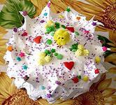 В «Амурском кулинаре» очередная партия куличей прошла обряд освящения