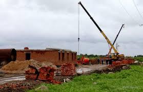 Строительная компания не успевает по графику строить дома для подтопленцев