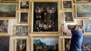В Благовещенск возвращены отреставрированные полотна