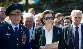 Терешкова и Леонов побывали в Углегорске в День космонавтики