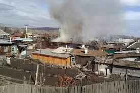 Амурские пожарные ежедневно выезжают на тушение палов в частном секторе